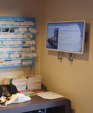 Digital billboard operational again after renovation of Albert Heijn