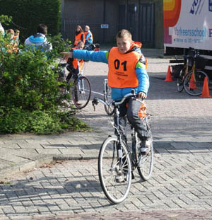 Q: Why don't Dutch people (particularly children) wear cycle helmets?
