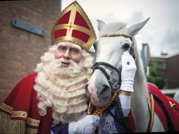 Sint Nicolaas KOMT!