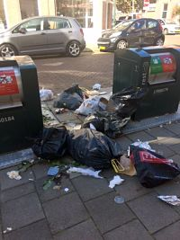 Dumping garbage next to and around the ORAC's Borneostraat